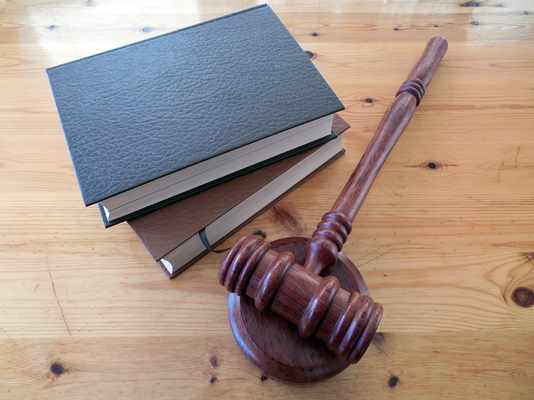 Czy w pracy prawnika można mówić o monotonii?